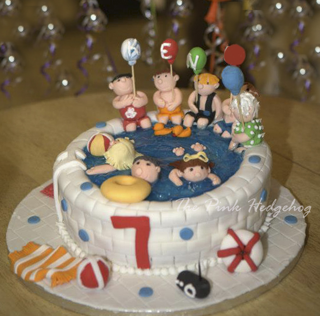 SwimmingPartyCake